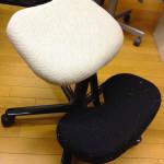[DIY]オフィスのBalansチェアの座面が割れたので直してみた